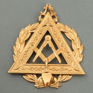 Grand Illustrious Master Collar Jewel RSM-12